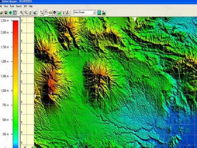Global Mapper với hình ảnh biểu thị là đường và điểm